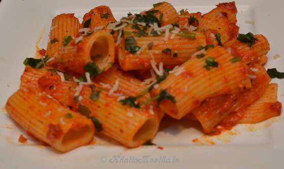 roasted_pepper_garlic_pasta_main1