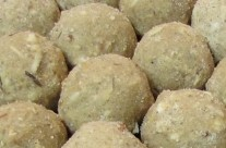 Aatte ke Ladoo (Wheat flour and nuts sweet balls)